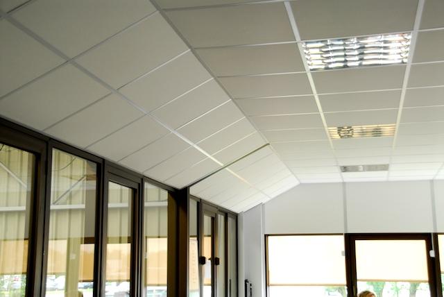 Dalles plafond suspendu